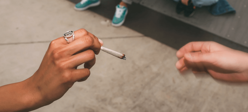 HIV-Can-You-Get-AIDS-From-Sharing-A-Cigarette