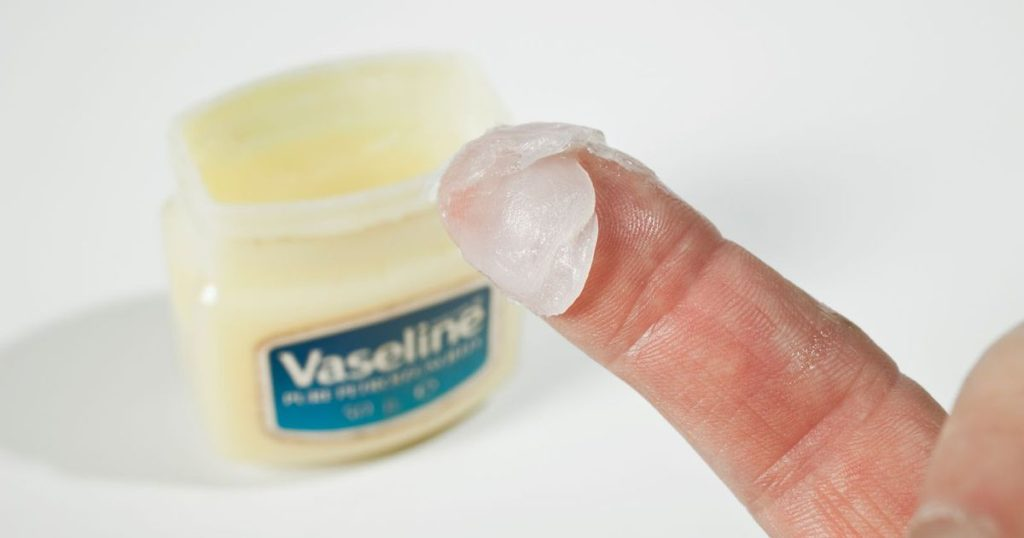 can you use petroleum jelly as lube - Vaseline lube for sex
