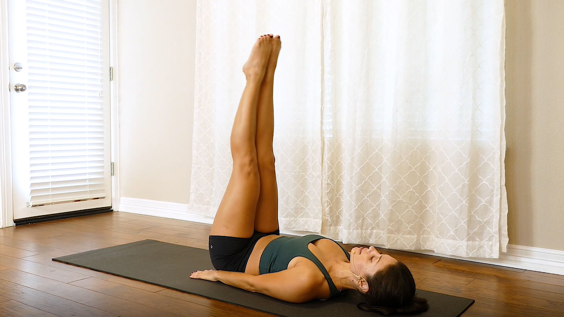 What exercises target upper glutes - 7 best upper glutes exercises